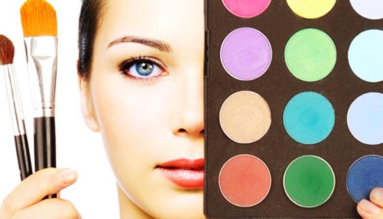 Sådan sparer du penge på makeup